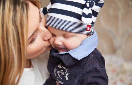 De relatie tussen pedagogisch medewerker en baby