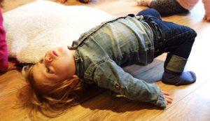 Bewegen met kinderyoga